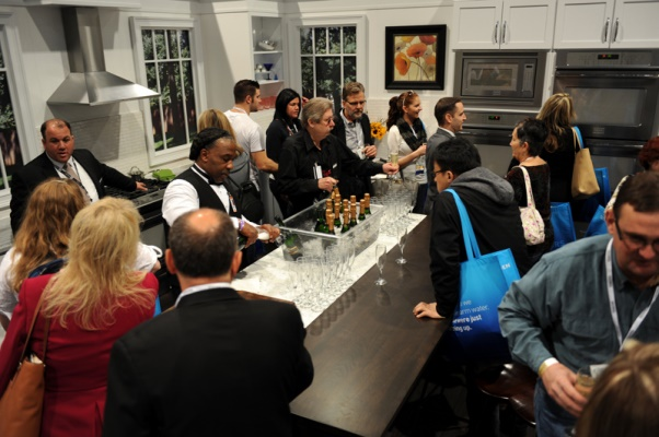 Albuquerque cabinet brokers to attend the national kitchen for Las vegas kitchen and bath show